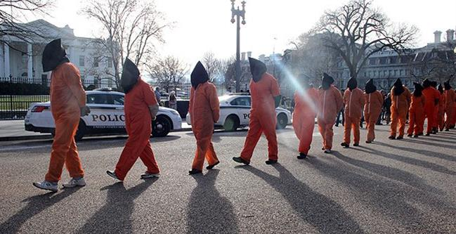 Washington da Guantanamo protesto edildi